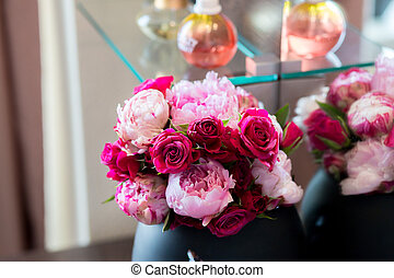 purple and pink bouquet in a vase