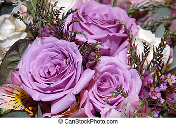 Purple Heirloom Tea Roses - A bouquet of old fashioned ...