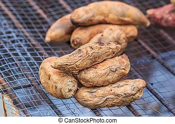 purple yam, sweet potatoes burn