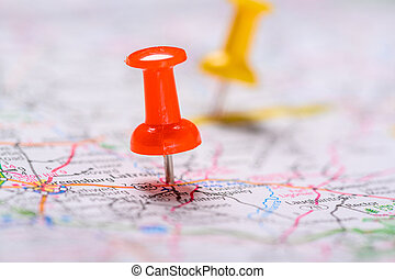 pushpins, 地図, 赤い黄色