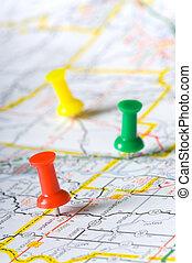 pushpins, op, een, kaart