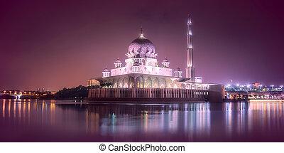 Putra Mosque with night lighting in Putrajaya - Putra Mosque...