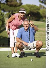 putt, golfe, forro, par, cima, curso, verde, sênior, golfing