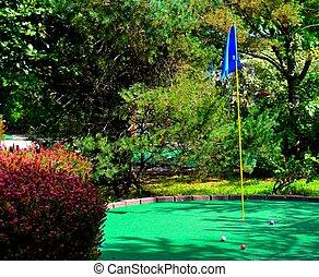 Putt putt golf, outdoor sport