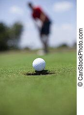 Putting the Golf Ball