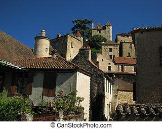 Puy eveque, town, castle