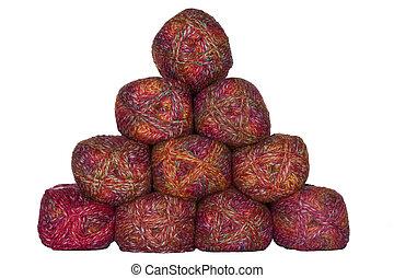 Pyramid of wool