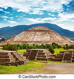 pyramides, mexique