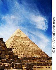 Pyramids in Egypt  - The Pyramids in Giza, Egypt