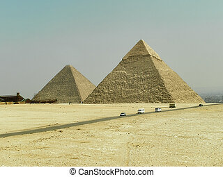 Pyramids of Egypt 2 - Close view of Gisa Pyramids (Giseh)...