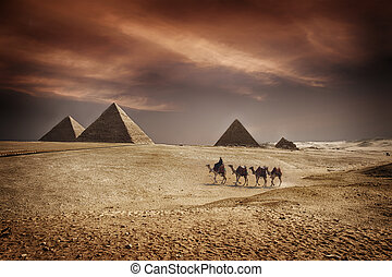 Pyramids of Egypt - Image of the great pyramids of Giza, in...