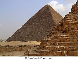 pyramids of giza 34 - one of the great pyramids of giza in...
