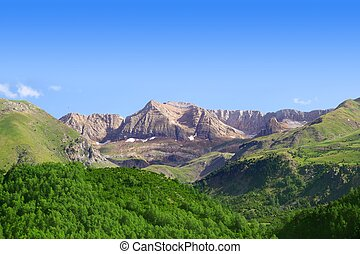Pyrenees peaks Panticosa scenics Huesca Aragon