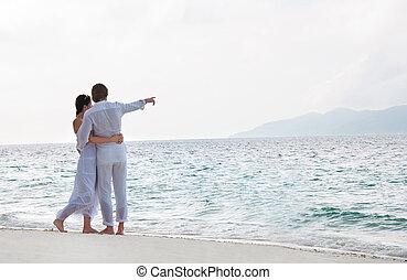 quadro, de, romanticos, par jovem, ligado, a, costa mar