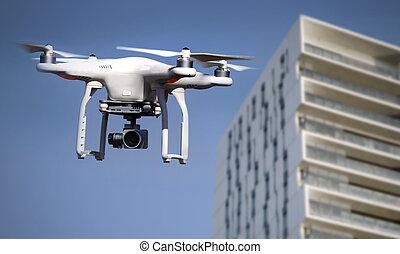 quadrocopter, helicóptero, zángano, en acción