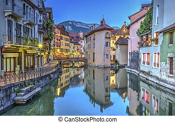 Quai de l'Ile and canal in Annecy old city, France, HDR