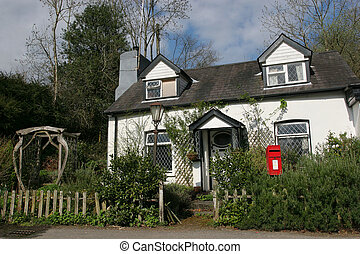 Quaint Cottage - Old quaint white cottage with leaded...