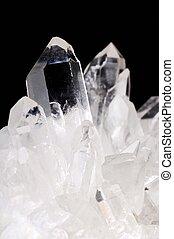 quarz kristalle, auf, schwarz