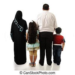 quatre, arabe, famille, isolé, membres