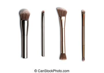 quatre, brillant, bronze-, et, silver-coloured, brosses maquillage, pour, demande, poudre, fard paupières, eyeliner, bronzer, et, highlighter, verticalement, arrangé, et, tire au-dessus, à, studio, lumière, blanc, fond