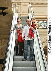 quatre, escalator, famille
