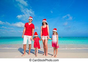 quatre, famille, chapeaux, exotique, santa, amusement, plage, avoir