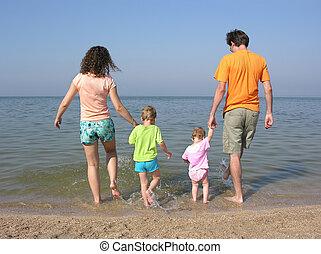 quatre, plage, famille