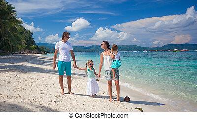 quatre, vacances plage, famille
