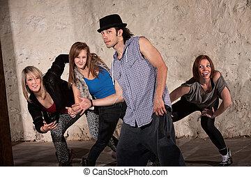 quatro, quadril, dançarinos, pulo, fresco