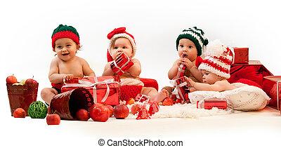 quatro, trajes, presentes xmas, bebês, tocando