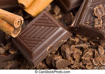 quebrada, pedaços, canela, chocolate