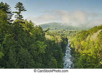Quechee Gorge Vermont - Quechee Gorge and river from the...