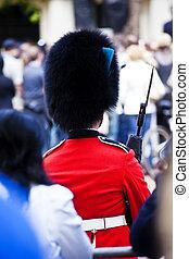 Queen guard