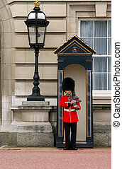 Queens Guard - Queen's Guard at Buckingham Palace in London...