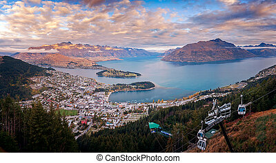 queenstown downtown skyline with lake Wakatipu from top at dusk