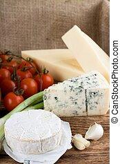 queijo azul, camembert, frente, eidam, dinamarquês