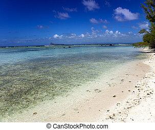 Quiet bay of the island Gabriel. Ma