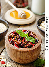 quinoa, granola, noci, farina avena
