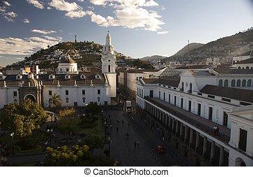 Quito old sky especial - Ciudad de quito en sudamerica...