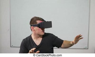 réalité virtuelle, jeu, utilisation, homme, jouer, lunettes