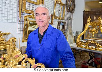 régimódi bevásárlás, ember, portré