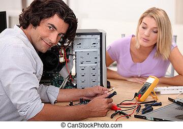 réparation, femme, mi, longs cheveux, informatique, devant, ...