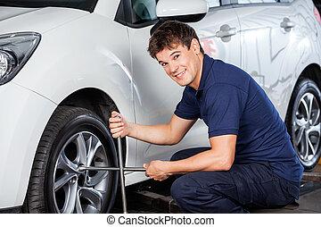 réparation, pneu, voiture, bord, clé, mécanicien