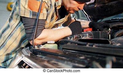 réparation, service., voiture, clé, mécanicien, homme
