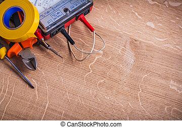 résistance, pinces, screwdrive, outils, électrique, testeur...