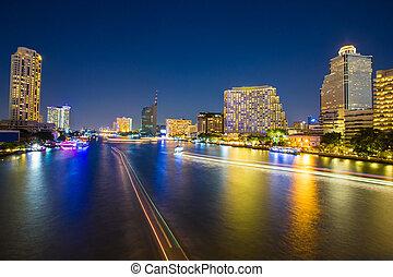 résumé, urbain, crépuscule, bokeh, et, refléter, lumière, depuis, eau, dans, ville, fond