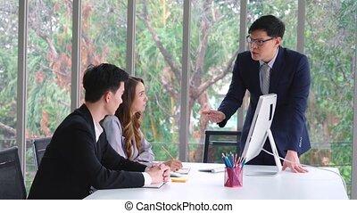 réunion affaires, travail, fâché, groupe, conflit, personne, problème