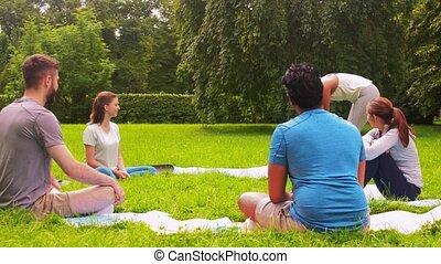 réunion, yoga, groupe, parc, gens, classe