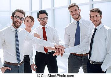 réussi, équipe, business, tenant mains