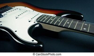révélé, guitare, velours, sous, feuille, électrique